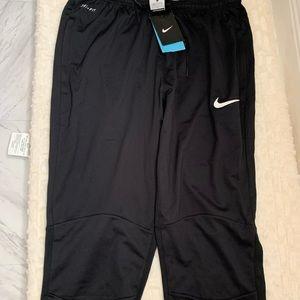 Men's NIKE crop pants